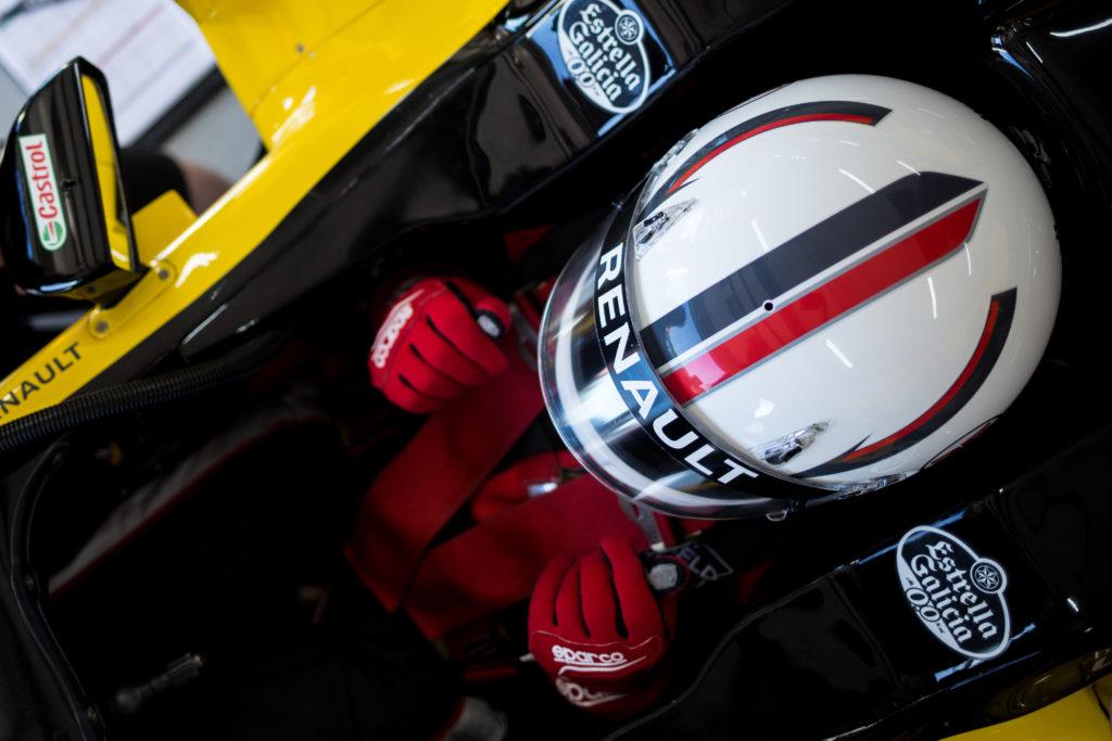 Winfield Racing School – Driving the Legend